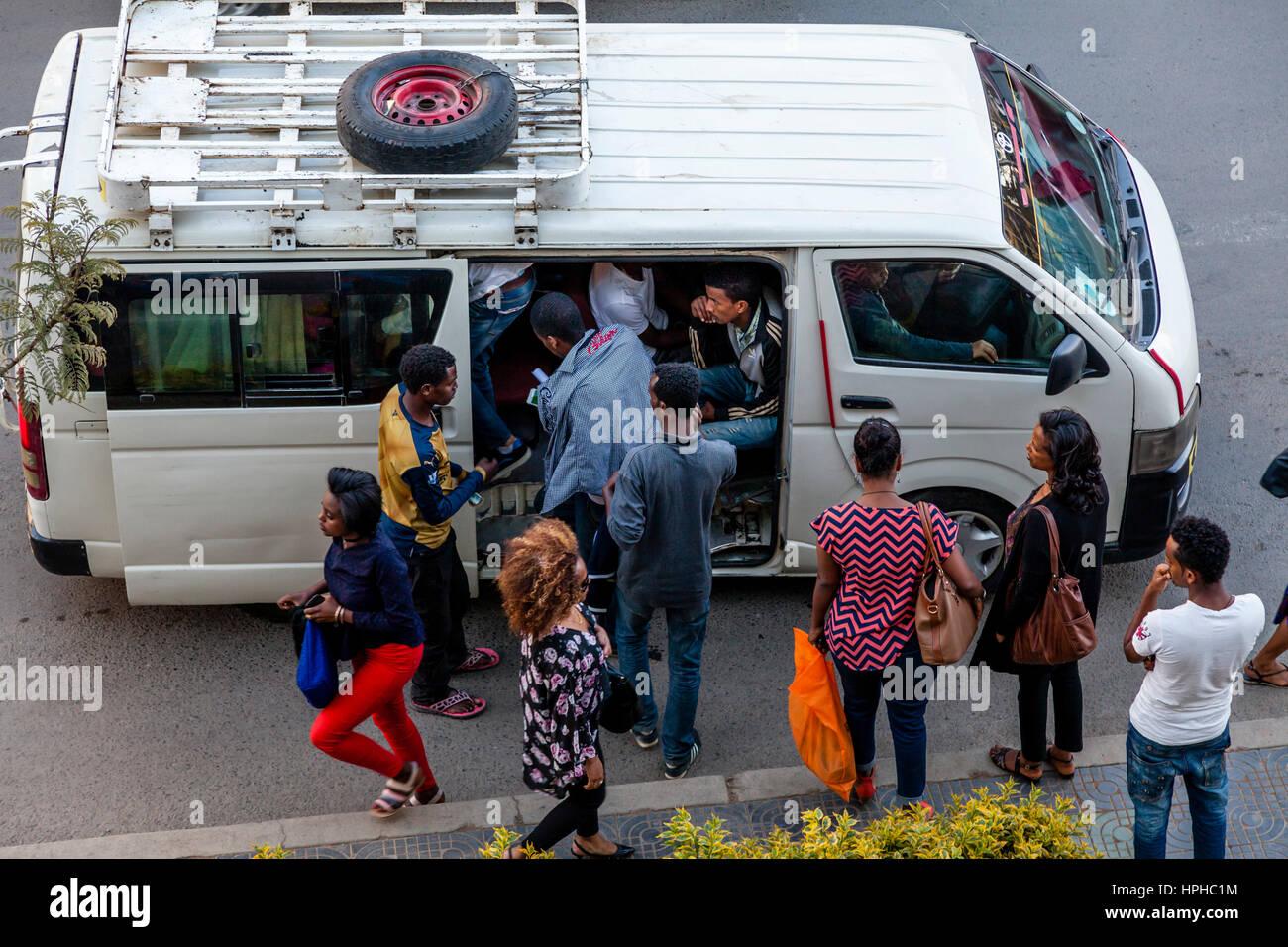 Minibus Taxis, Bole Road, Addis Ababa, Ethiopia - Stock Image