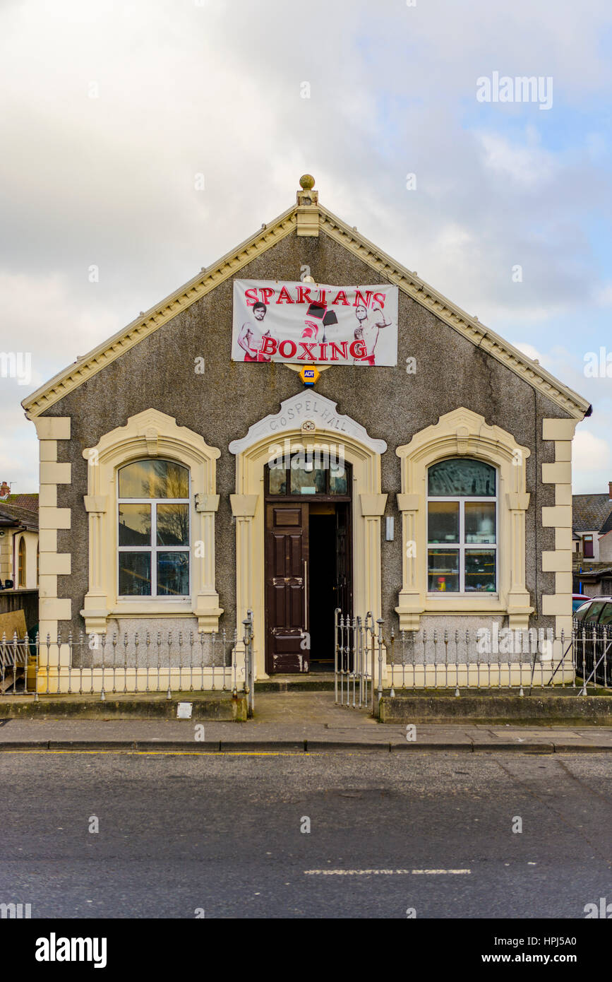 Boxing club using a Gospel Hall building after it has closed down. - Stock Image