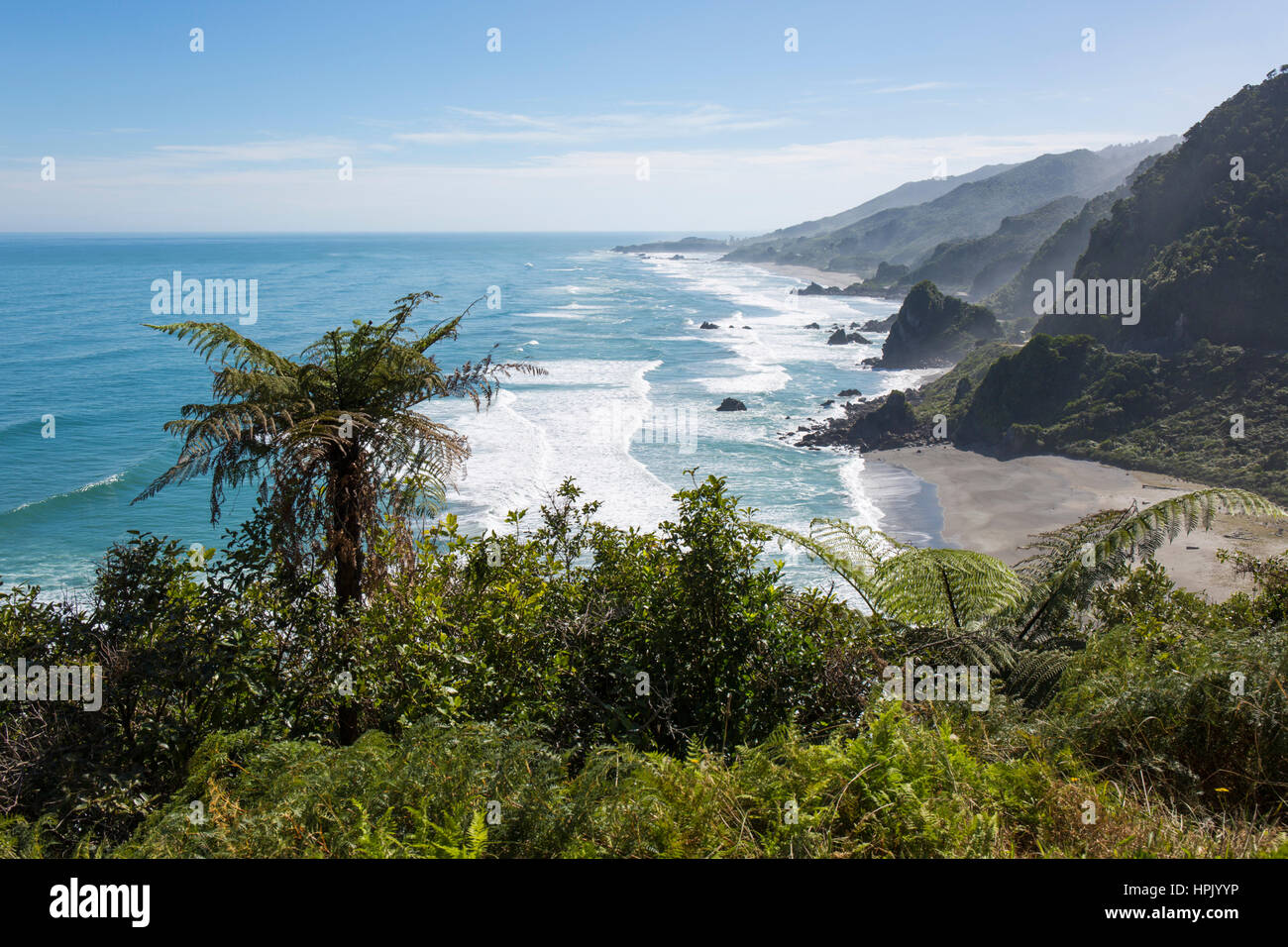 Punakaiki, Paparoa National Park, West Coast, New Zealand. View over coastline from hillside above Meybille Bay, Stock Photo