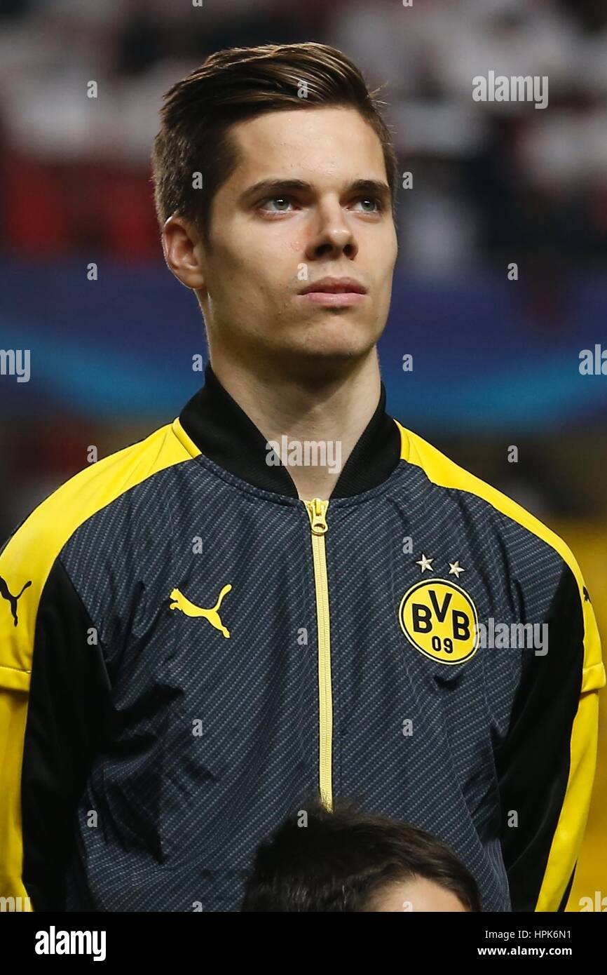 Julian Weigl High Resolution Stock Photography and Images - Alamy