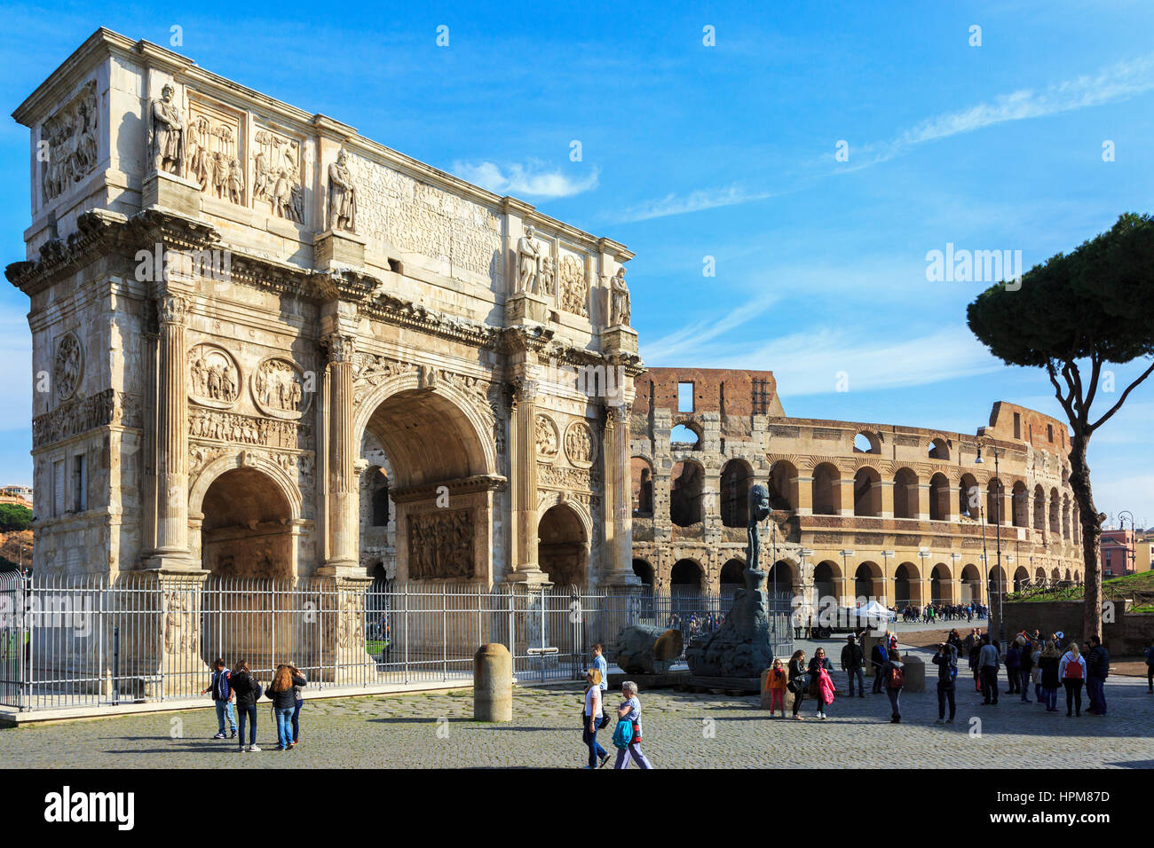 Arco de Constantino, the Triumphal arch built by the Senators in AD315, situated on the Via Triumphalis, between - Stock Image