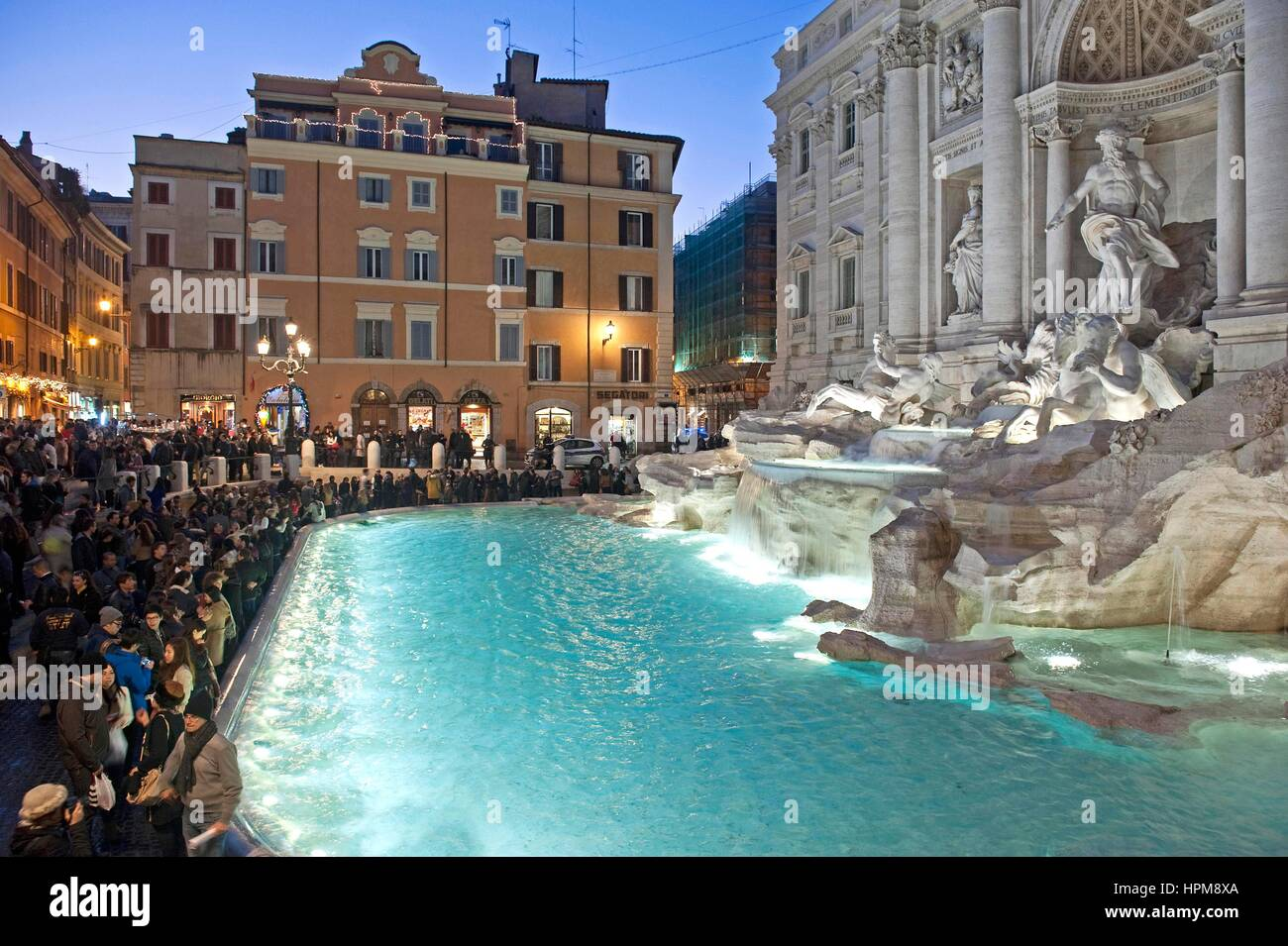 The Trevi Fountain in Rome, Italy, March 17, 2016    Credit © Fabio Mazzarella/Sintesi/Alamy Stock Photo - Stock Image
