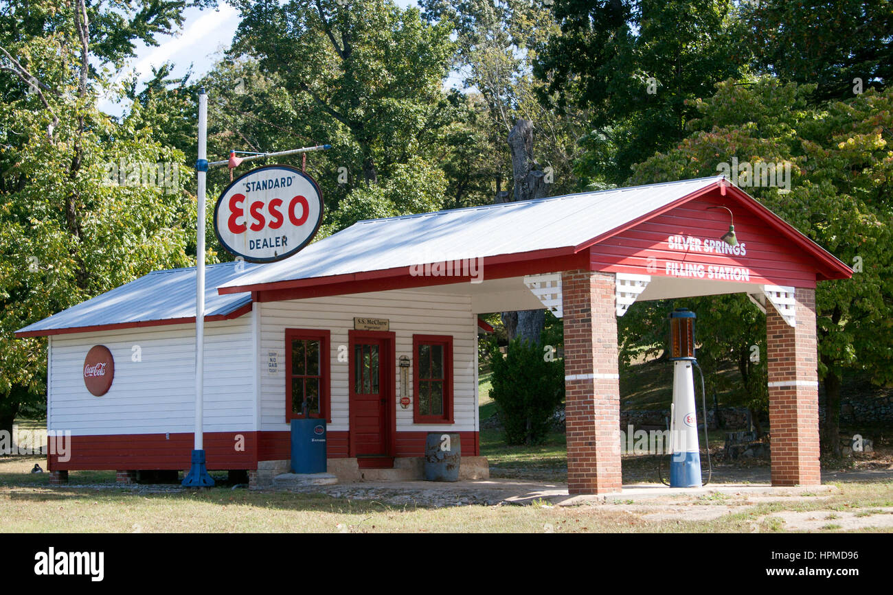 Old Esso gas station in Landrum South Carolina - Stock Image