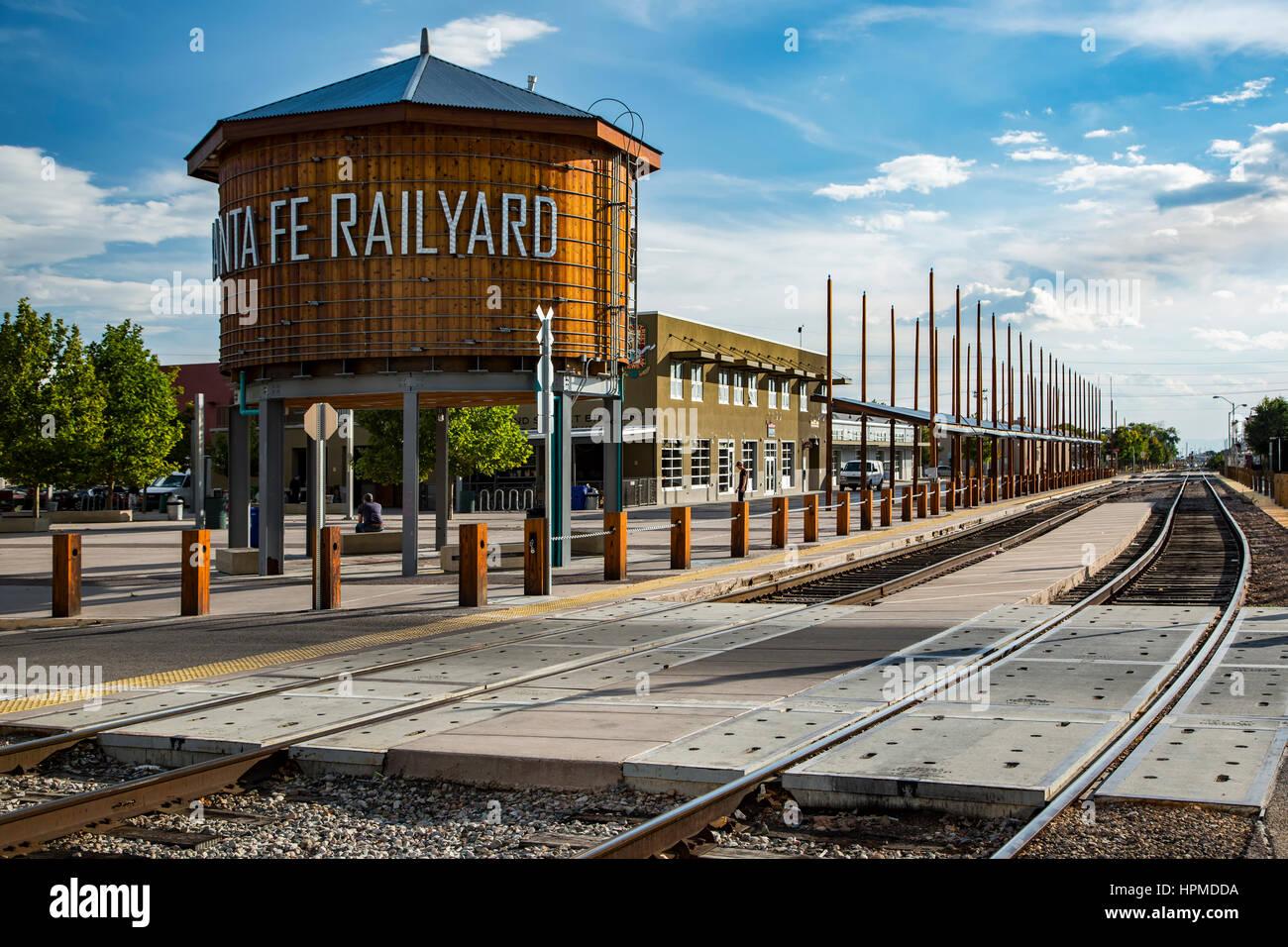 Water tank and tracks, Railyard District, Santa Fe, New Mexico USA - Stock Image