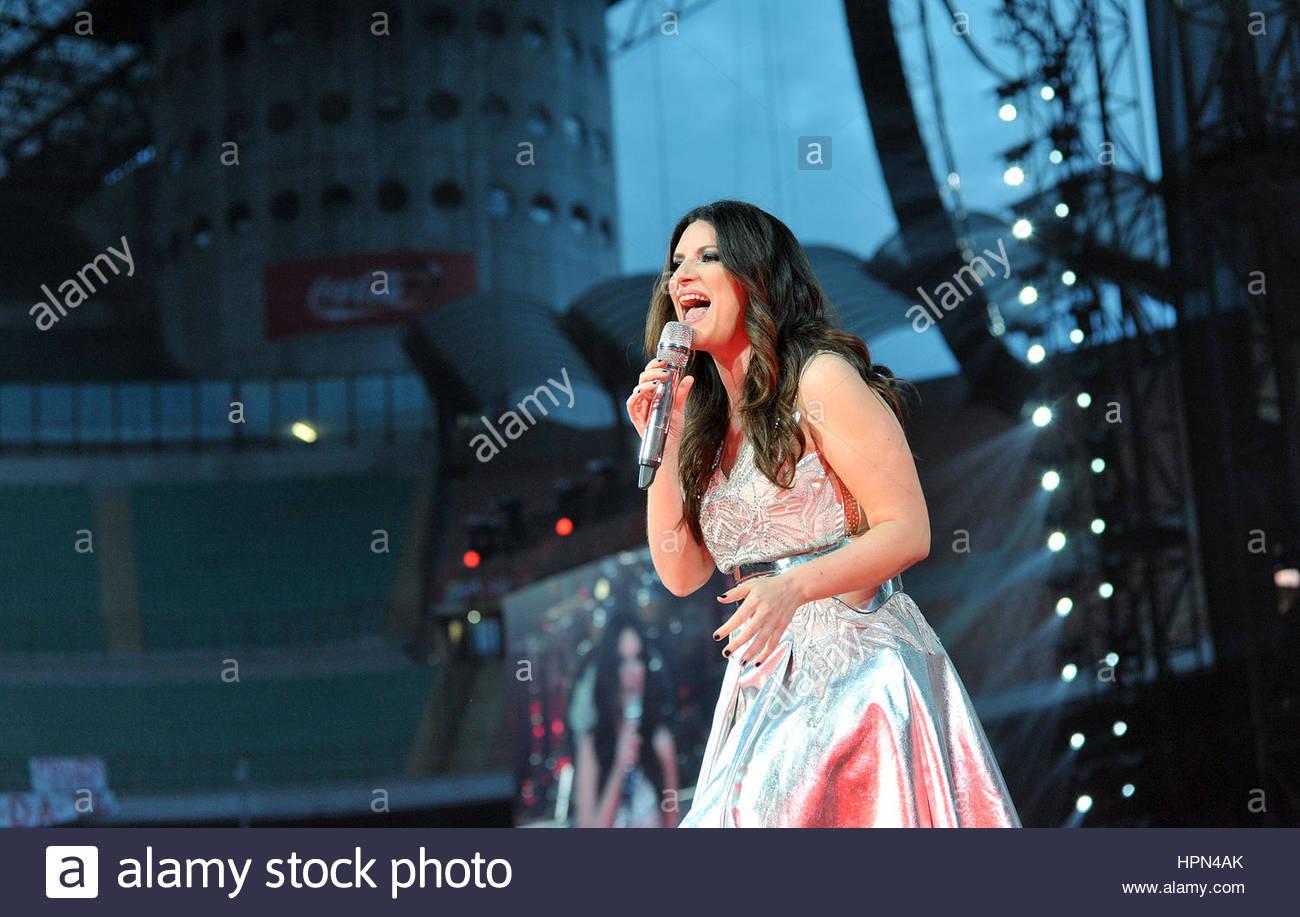 laura pausini in concert,san siro stadium,milan 05-06-2016 Stock Photo