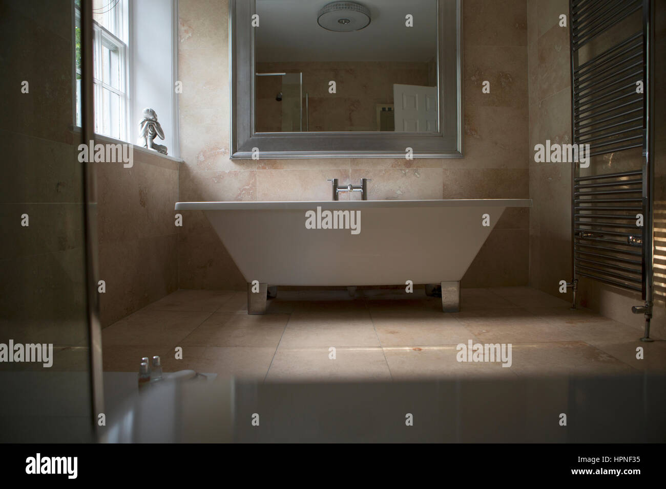 Standalone Bath Stock Photos & Standalone Bath Stock Images - Alamy