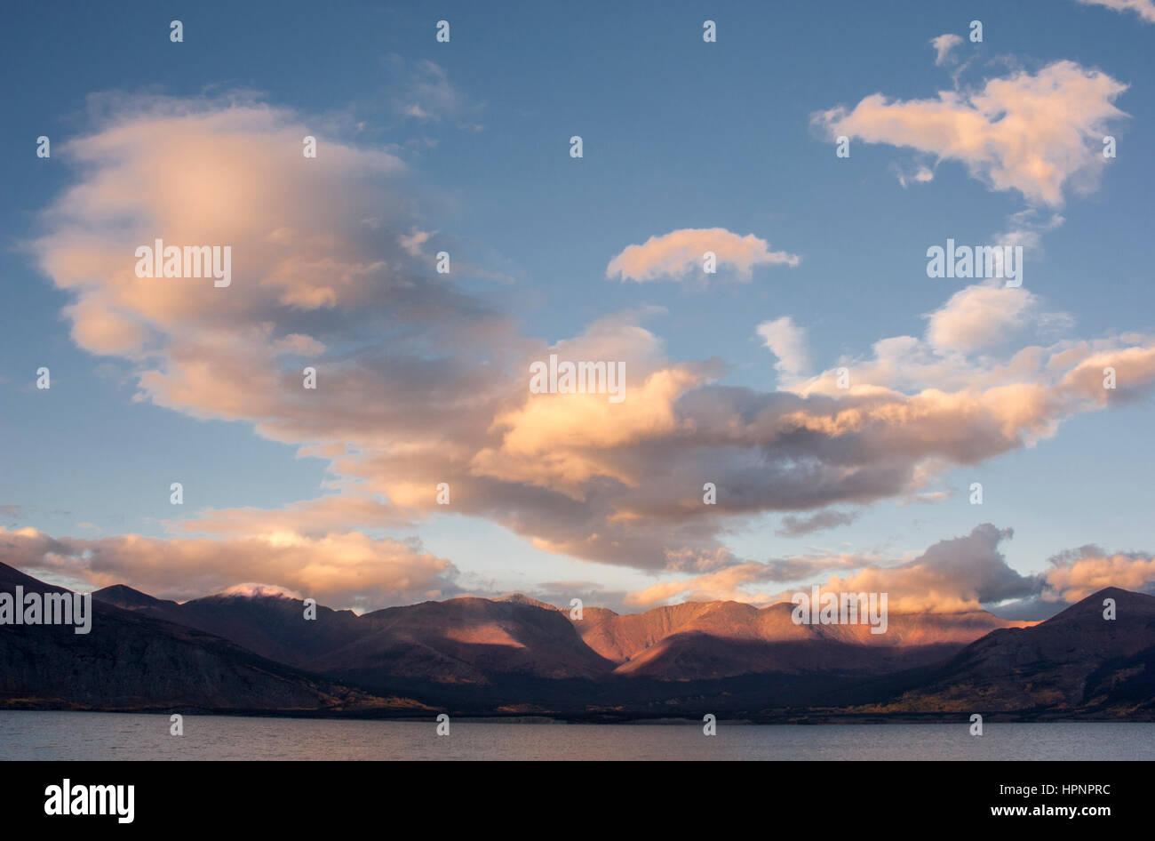 North America; Canada; Yukon Territory; Kluane Lake; Sunset; Autumn colors. - Stock Image