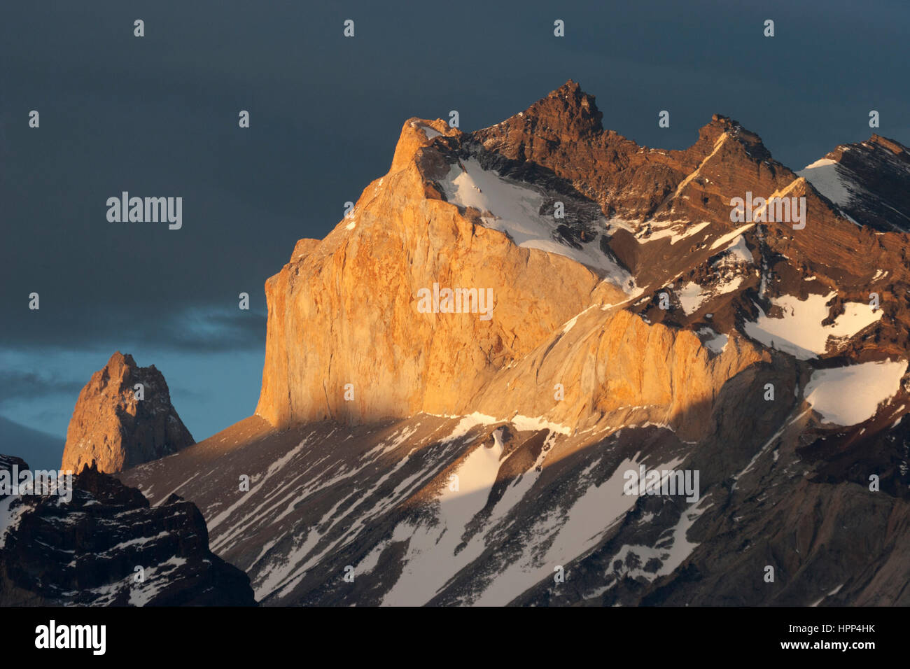 Los Cuernos del Paine, Torres del Paine National Park at sunrise - Stock Image