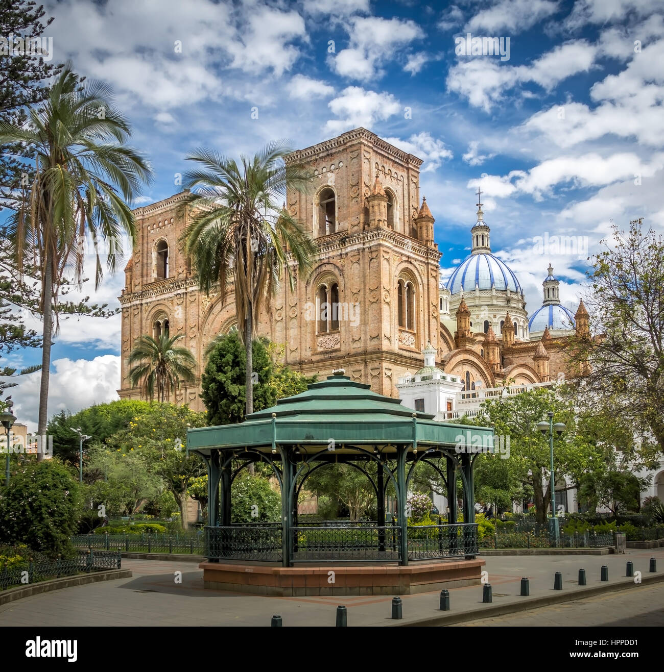 Park Calderon and Inmaculada Concepcion Cathedral - Cuenca, Ecuador - Stock Image