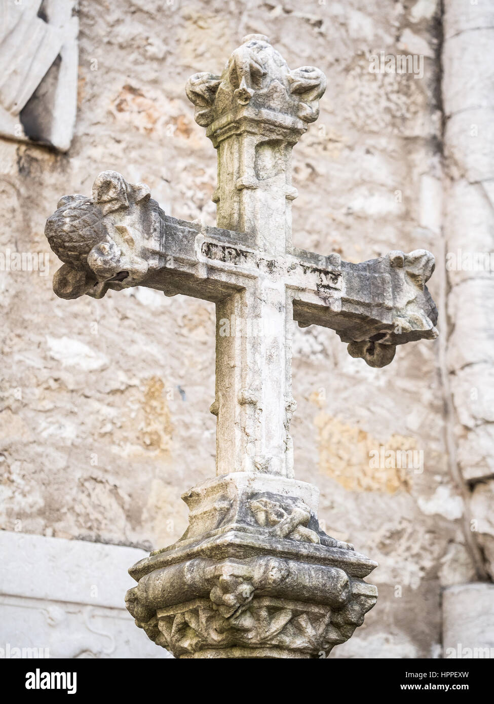 Stone cross in rhw Convent of Our Lady of Mount Carmel (Portuguese: Convento da Ordem do Carmo) in Lisbon, Portugal. - Stock Image