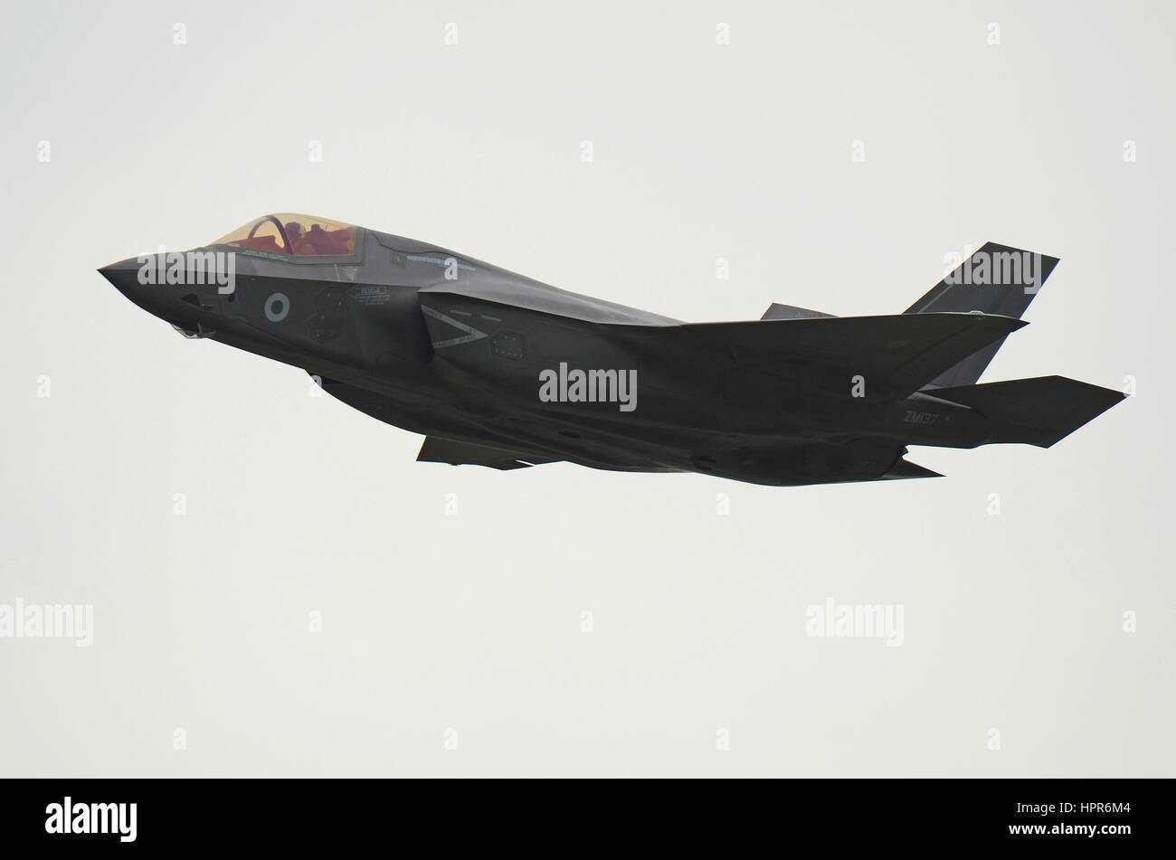joint strike fighter essay Remember when following the f-35 joint strike fighter (jsf) program was like  watching one of those dark dramatic series produced by hbo or.