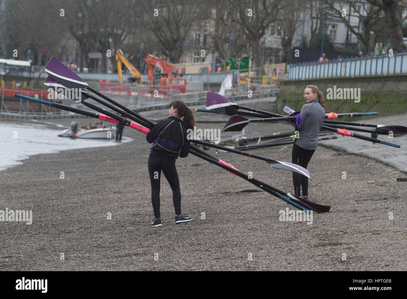 Putney London, UK. 25th Feb, 2017. Rowers representing various rowing clubs, schools and colleges practice on The Stock Photo