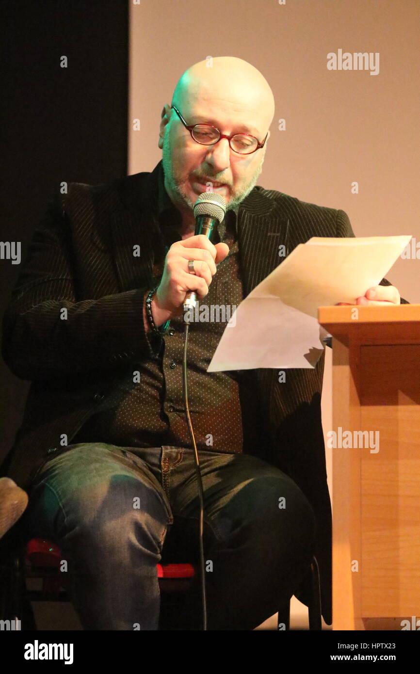Succivo, Italy. 23rd Feb, 2017. Presentation of the last novel of the writer Maurizio De Giovanni 'Pane per - Stock Image