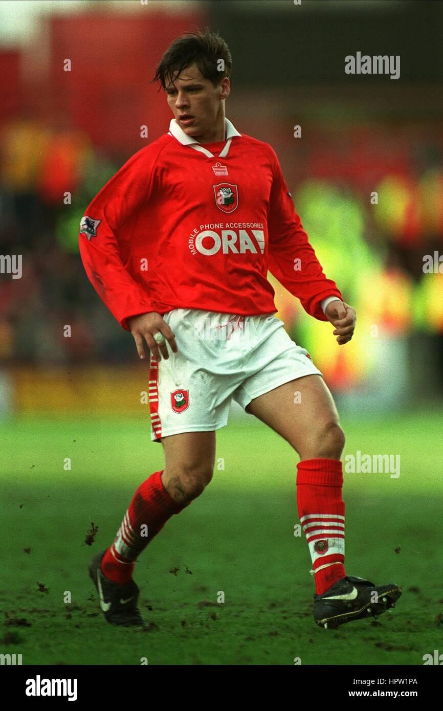 DARREN BARNARD BARNSLEY FC 02 March 1998 - Stock Image