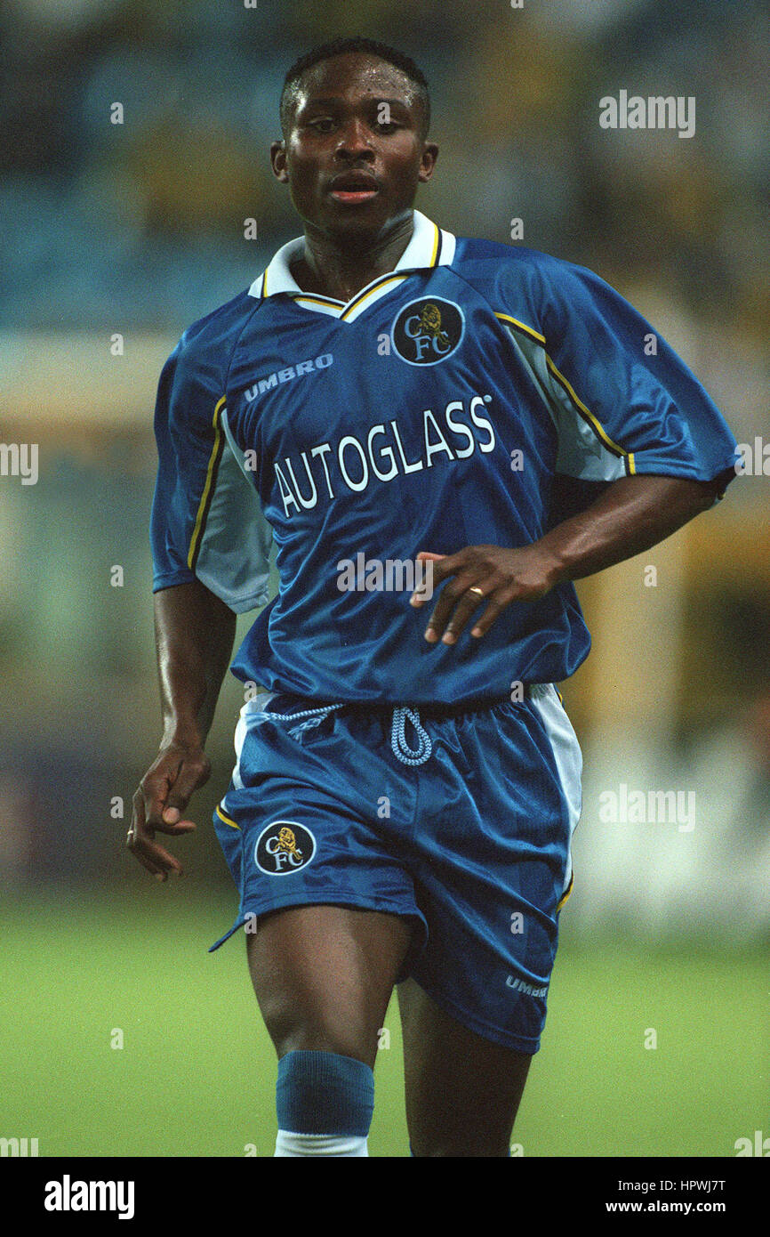 CELESTINE BABAYARO CHELSEA FC 11 August 1998 - Stock Image