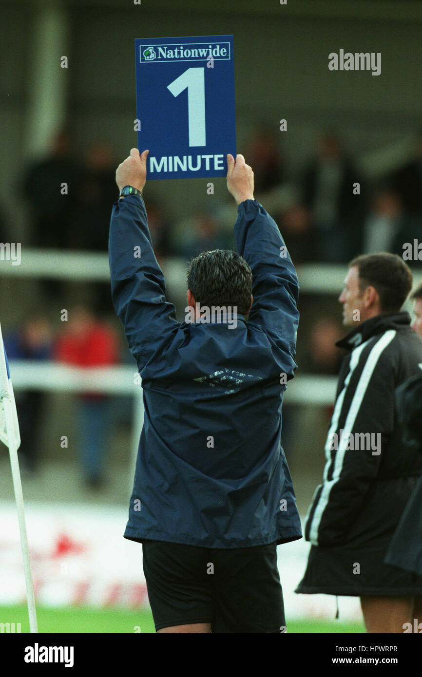 TIME ADDED ON BOARD NATIONWIDE LEAGUE 10 October 1998 - Stock Image