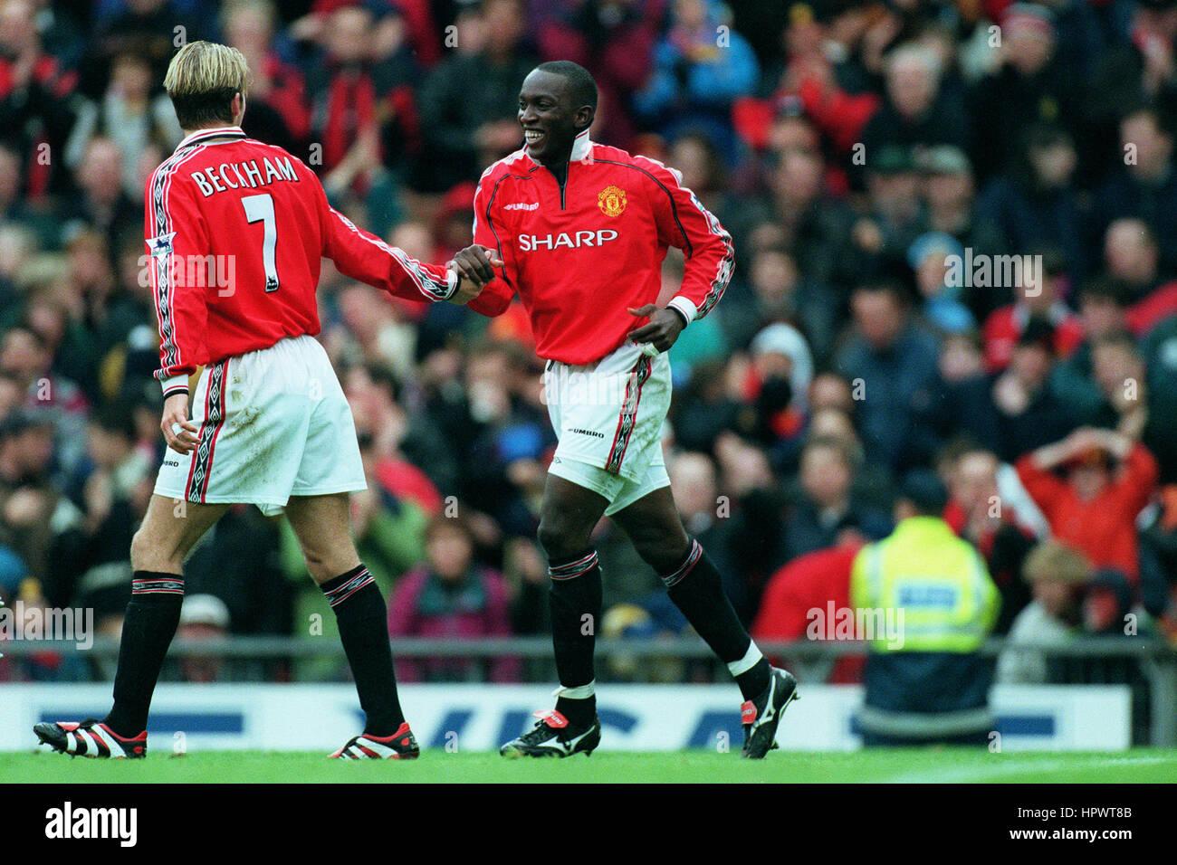 ee7c1dedb DAVID BECKHAM   DWIGHT YORKE MANCHESTER UNITED FC 18 October 1998 - Stock  Image