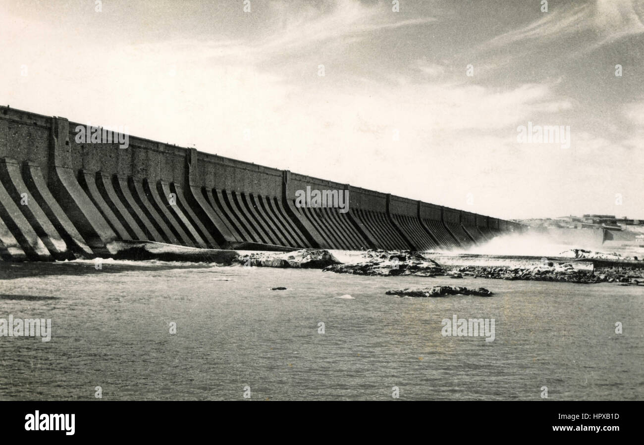 The Assouan dam in Upper Egypt - Stock Image