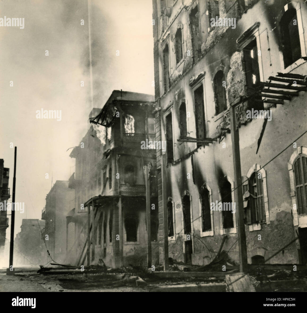The buildings in Suez after bombing, Egypt 1956 - Stock Image