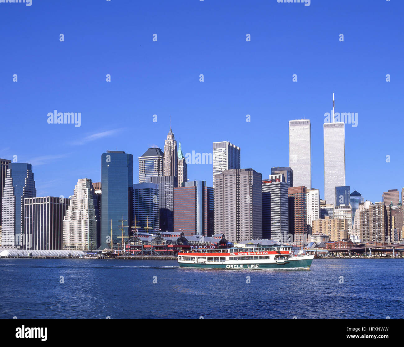 Manhatten New York: New York City Twin Towers 2001 Stock Photos & New York