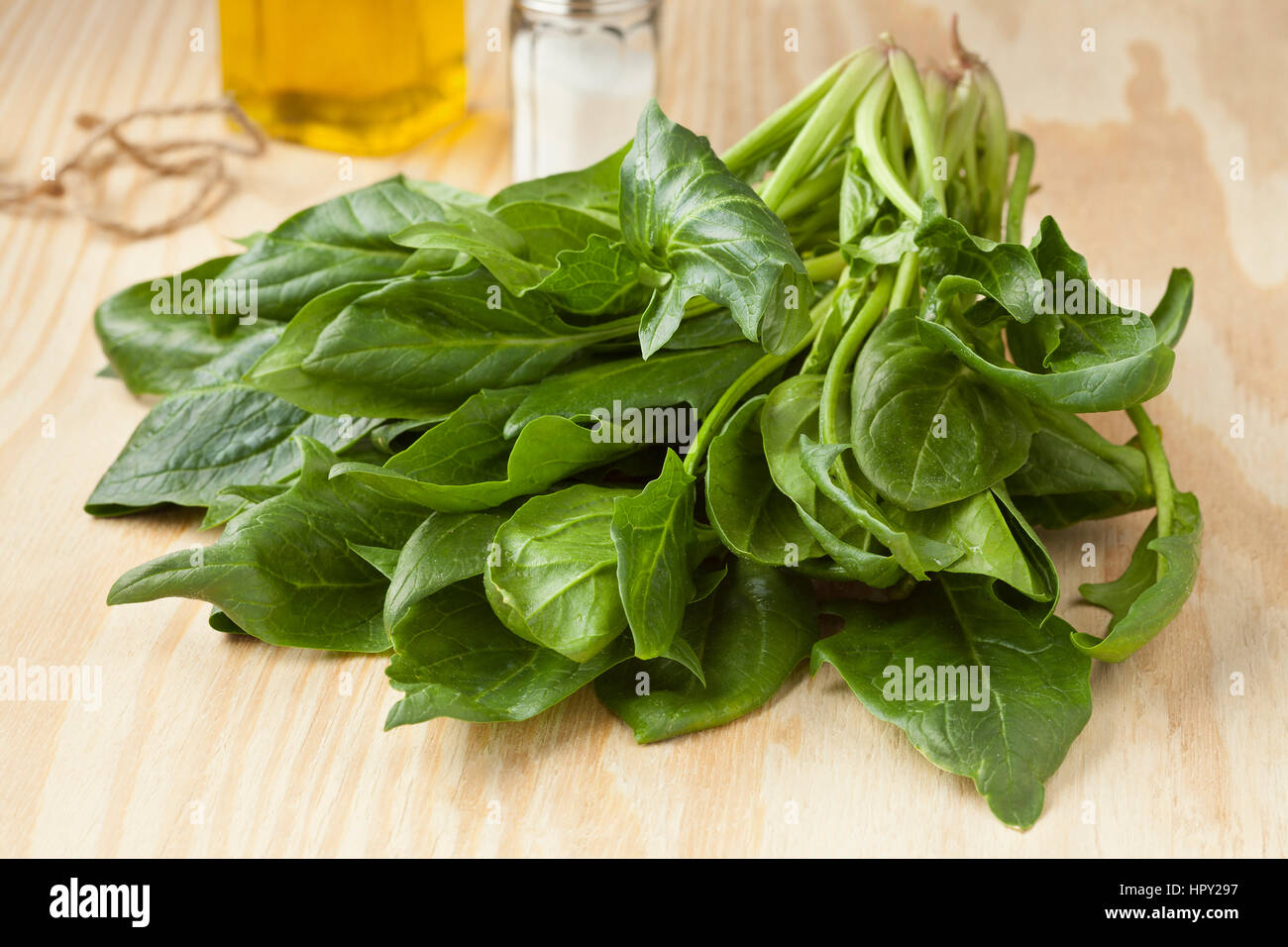 Bundle of fresh green wild spinach Stock Photo