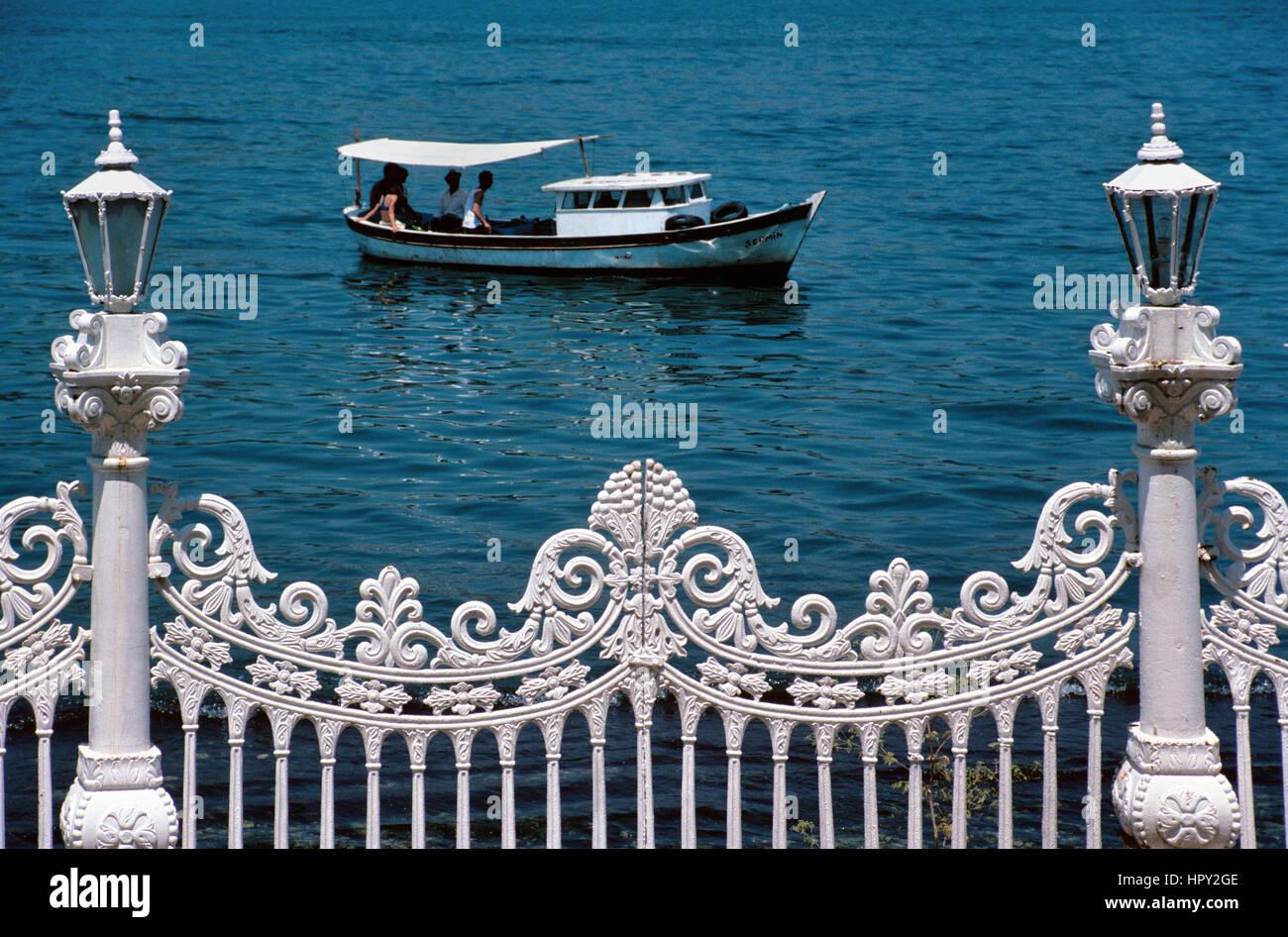 Wrought Iron or Cast Iron Railings and Lamp Fronting the Bosphorus or Bosporus Straits, Küçüksu Palace, - Stock Image