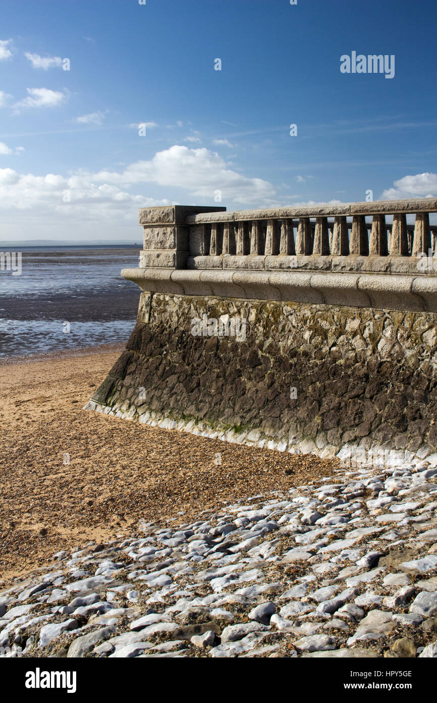 Promenade wall at Southend-on-Sea, Essex, England against a blue sky - Stock Image