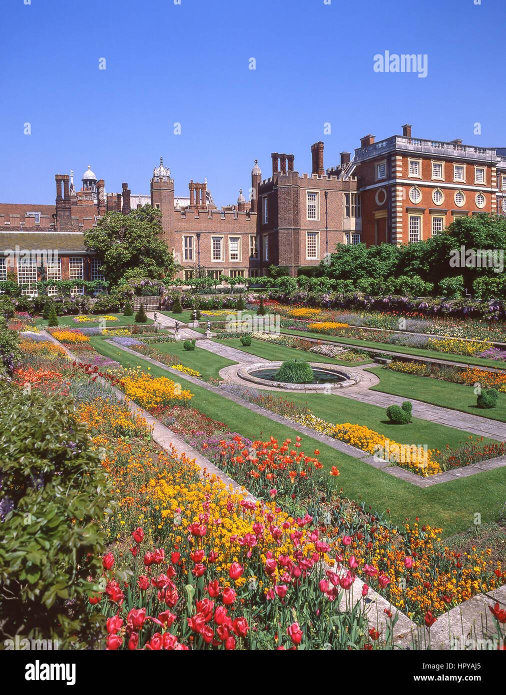 Palace gardens in spring, Hampton Court Palace, Hampton, Borough of Richmond upon Thames, Greater London, England, - Stock Image