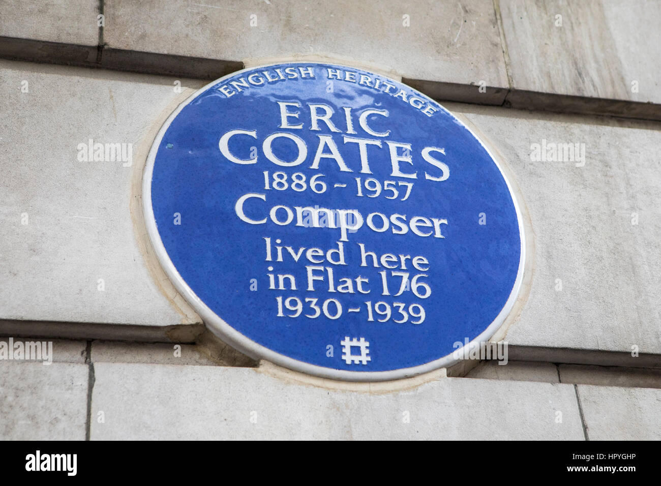 london uk february 16th 2017 a blue plaque on chilten court in