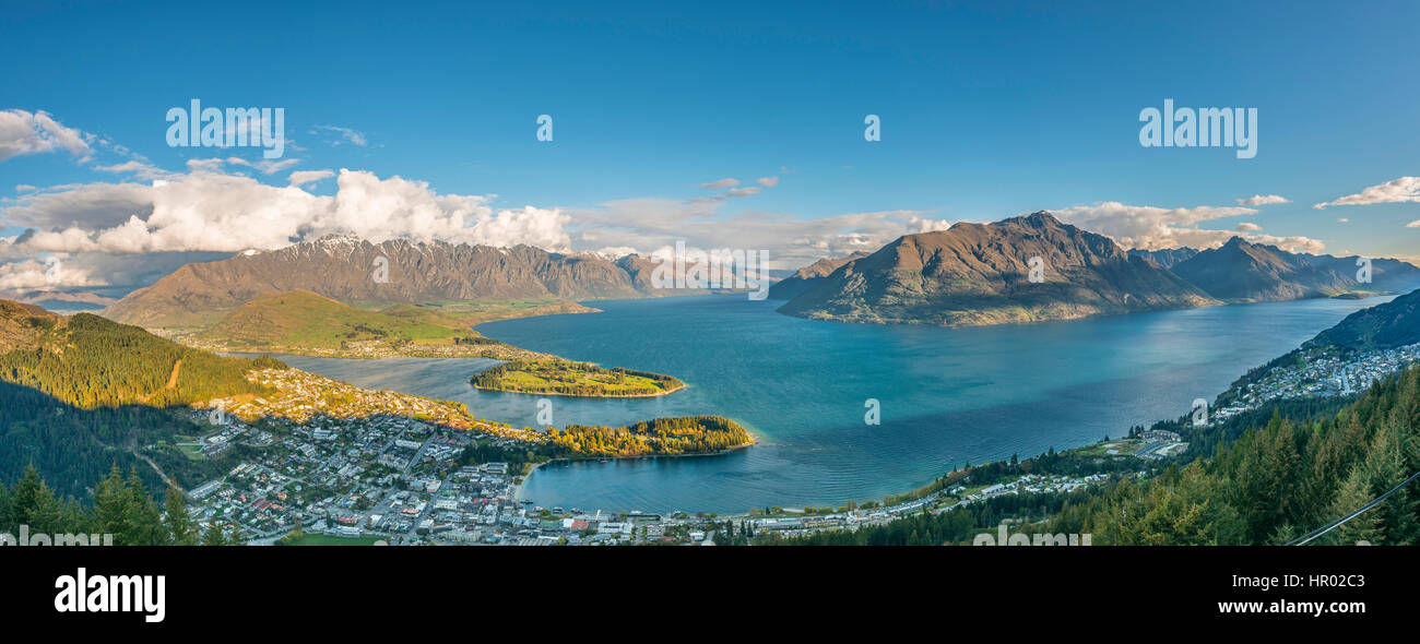 Panoramic view, view of Lake Wakatipu and Queenstown, Ben Lomond Scenic Reserve, Queenstown Skyline, Otago Region, - Stock Image
