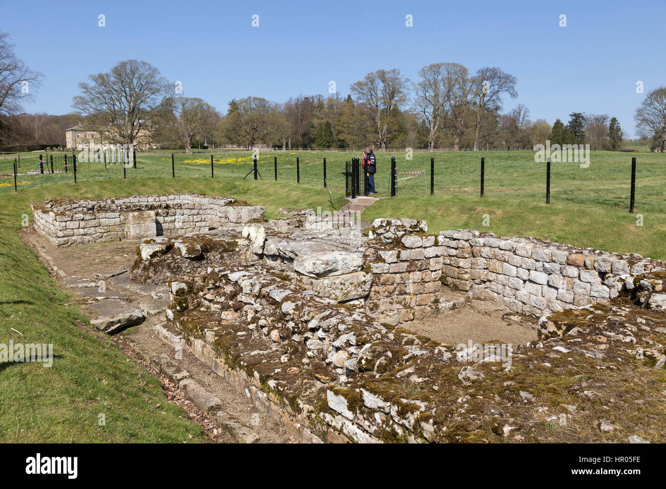 Hadrian's Wall: Chesters Roman fort (Cilurnum or Cilurvum) - the remains of the south gateway - Stock Image