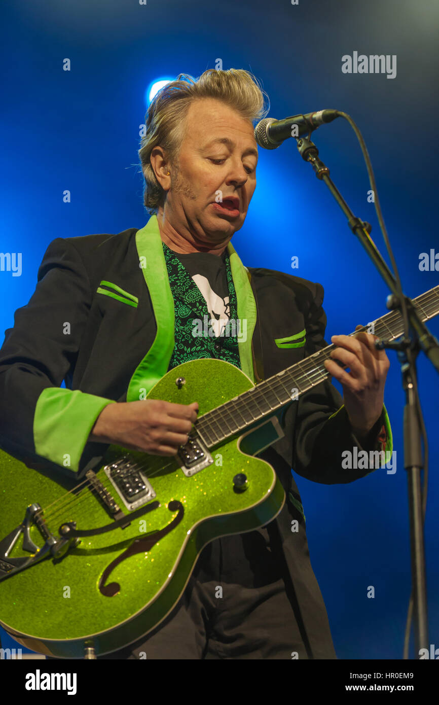 Brian Setzer, formerly of the Stray Cats leads the field in rockabilly music. Seen here with his Shockabilly Riot Stock Photo