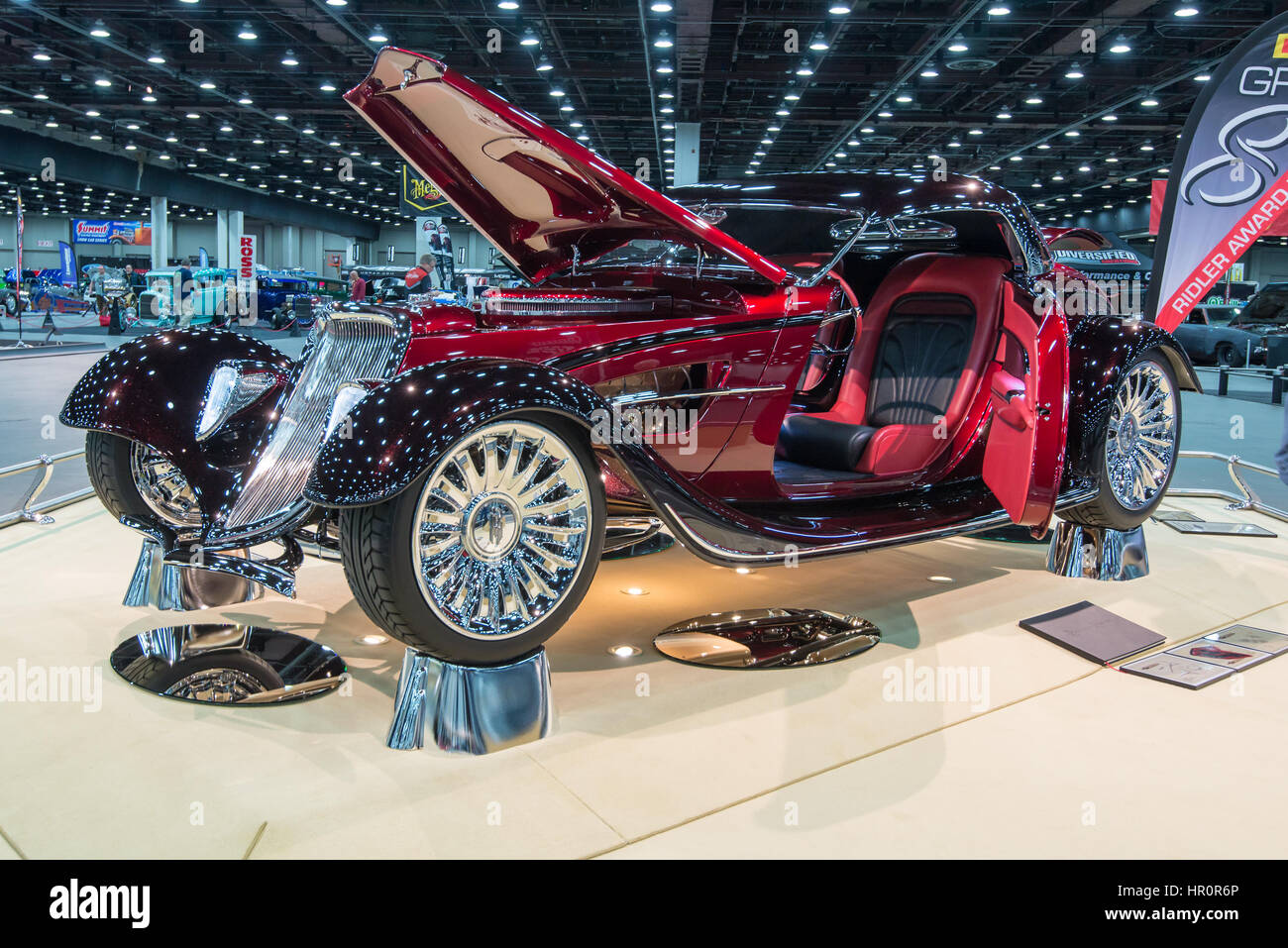 Detroit, USA. 25th Feb, 2017. A 1933 Ford roadster interpretation, 'Great 8' finalist and Ridler trophy - Stock Image