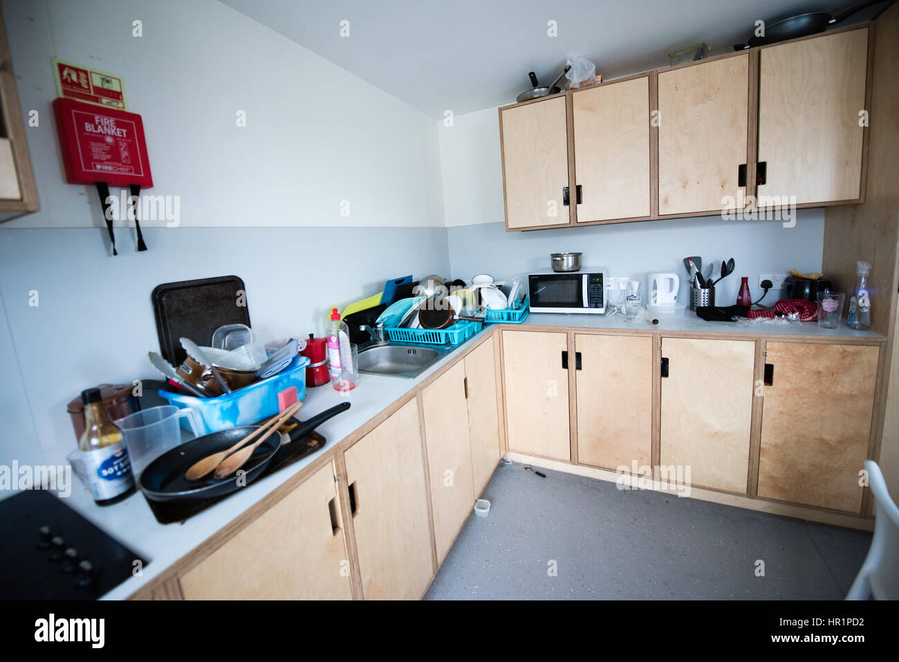 Filthy Kitchen Stock Photos & Filthy Kitchen Stock Images - Alamy