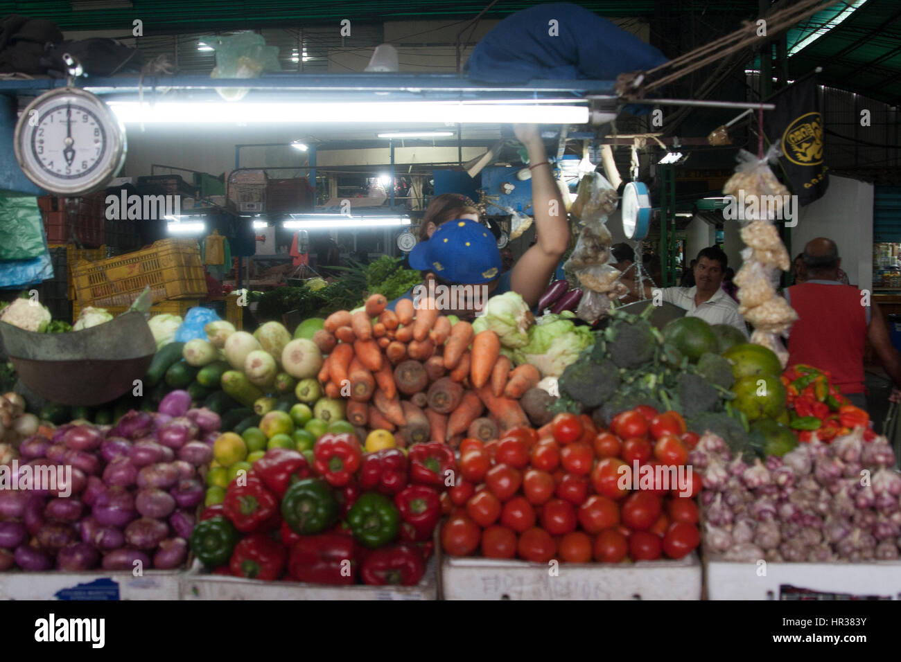 Caracas, Dtto Capital / Venezuela - 04-02-2012 : Man selling some fruits and vegetables in a famous popular market - Stock Image