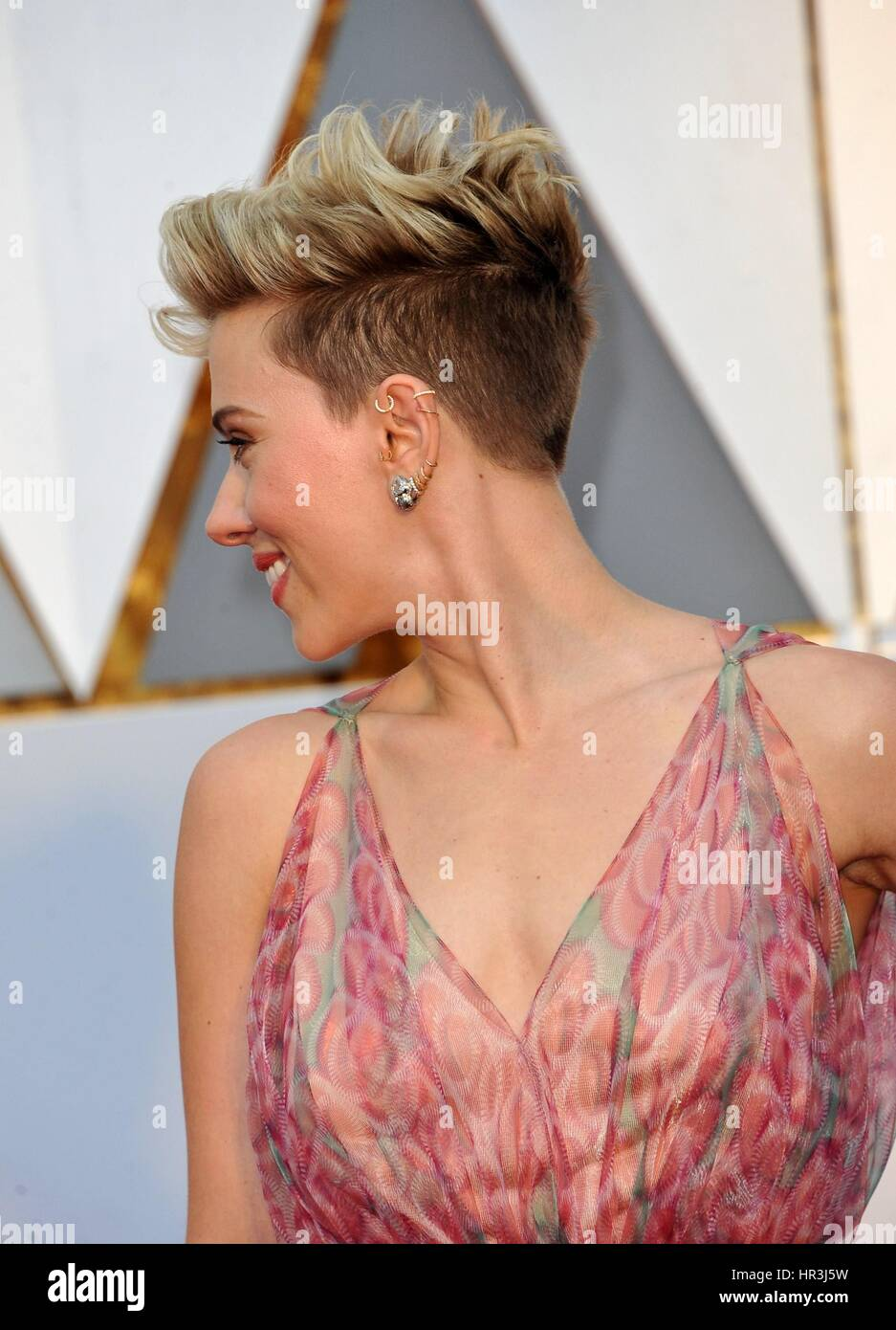 Los Angeles Ca Usa 26th Feb 2017 Scarlett Johansson At Arrivals Stock Photo Alamy