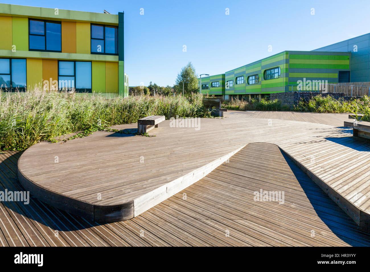 Boardwalk and buildings at the Nottingham Science Park, Nottingham, England, UK - Stock Image