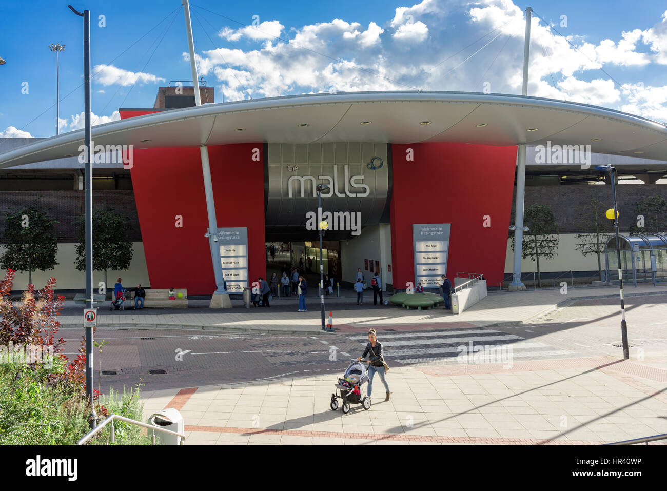 Entrance to The Malls shopping centre by Basingstoke Station - Stock Image