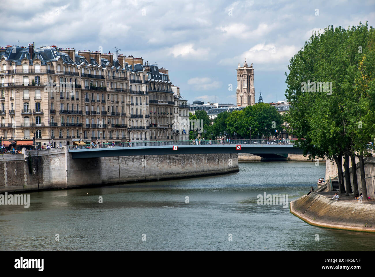 Pont Saint-Louis photographed in Paris, France - Stock Image