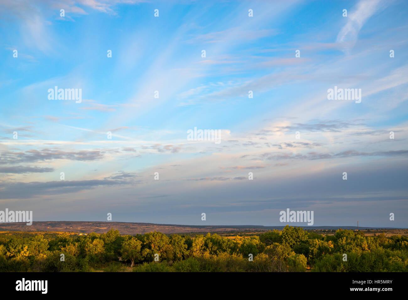 Sky and landscape. Segovia province, Castilla Leon, Spain. - Stock Image