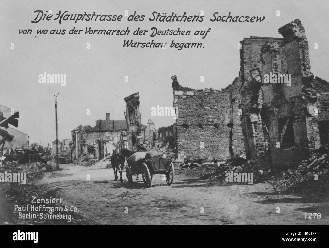 The main street of the town of Sochaczew, from where the Germans began to enter Warsaw, 1915. From the New York - Stock Image