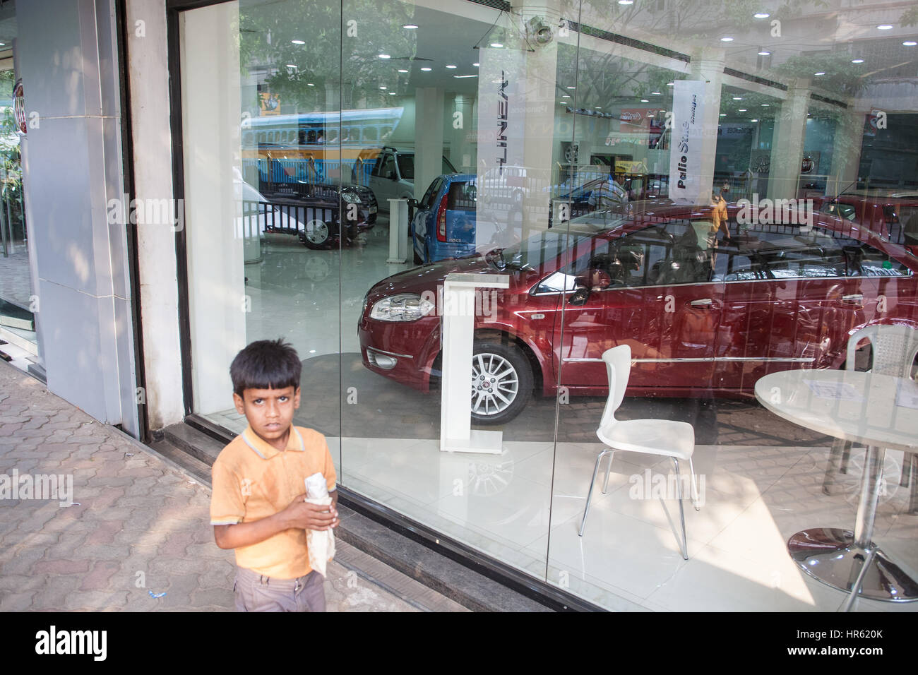 Calcutta India Car Showroom Stock Photos Calcutta India Car