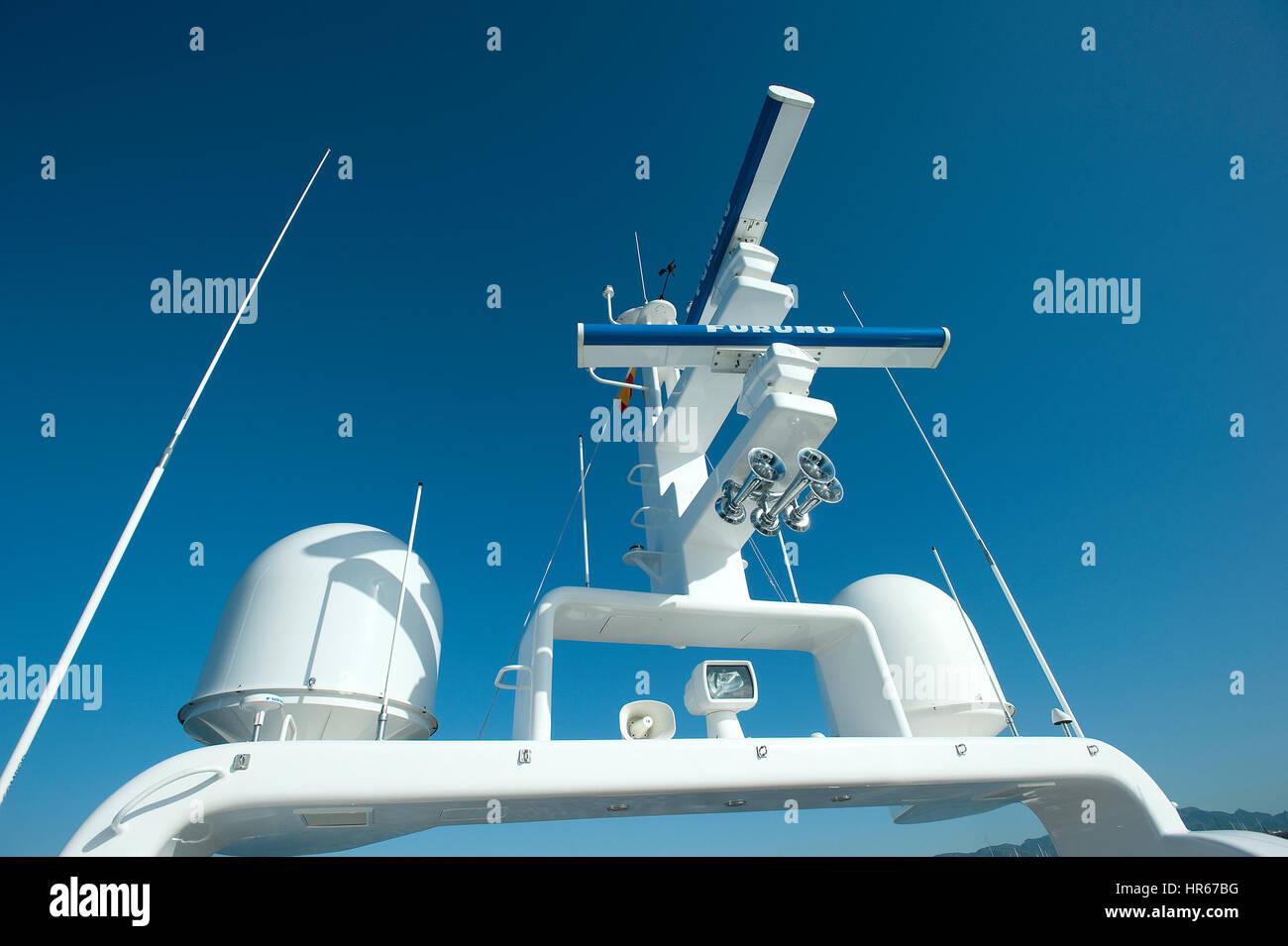 Luxury Yacht navigation and radar - Stock Image