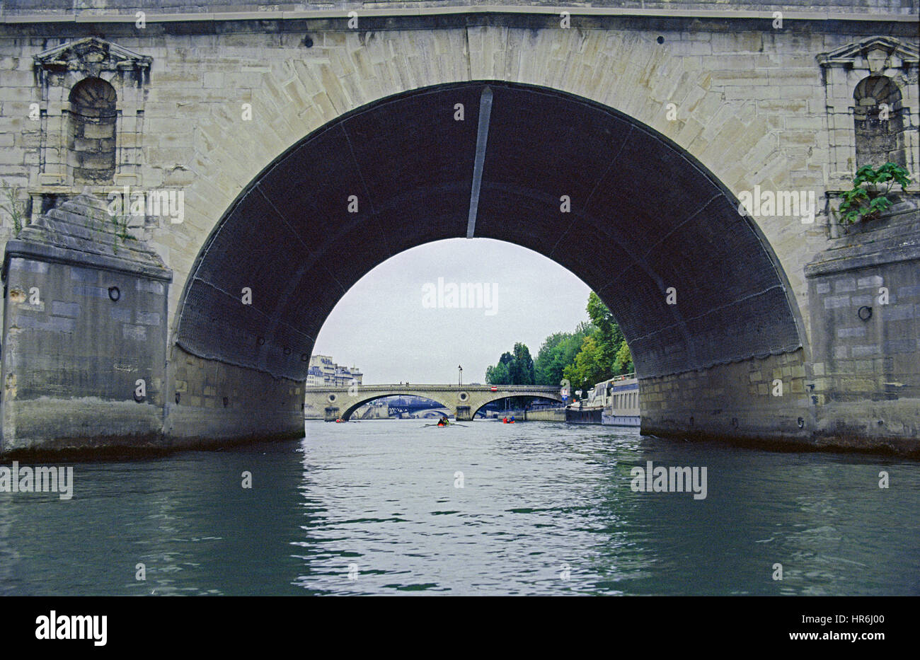 The Pont Marie bridge on the Seine was finished in 1635 and is one of the oldest in Paris. Pont Louis-Philippe bridge - Stock Image