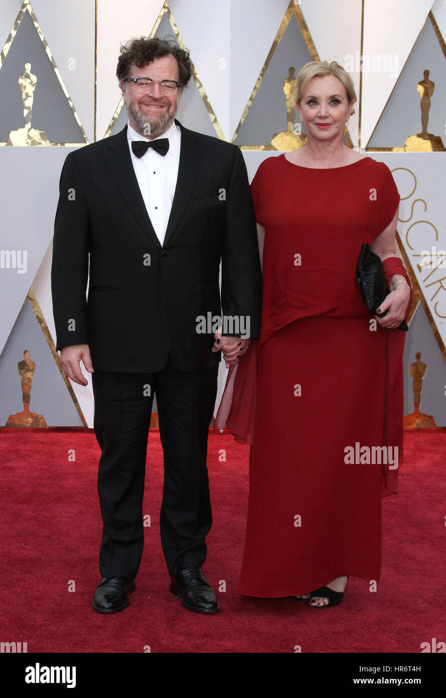 Hollywood, USA. 26th Feb, 2017. J. Smith-Cameron, Kenneth Lonergan. 89th Annual Academy Awards presented by the - Stock Image