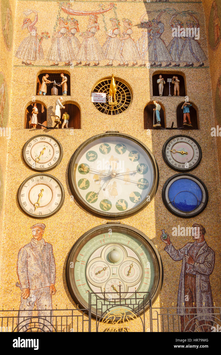 Upper Square Horni nam Astronomical clock rebuilt in Socialist-Realist style in the 1950s, after the original was - Stock Image
