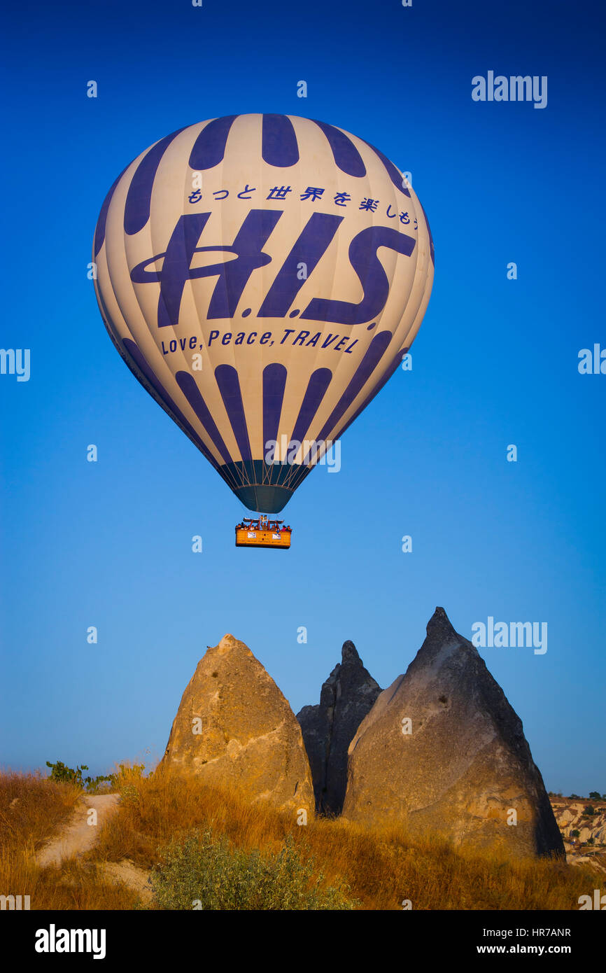 Hot-air ballon.  Capadoccia, Turkey - Stock Image