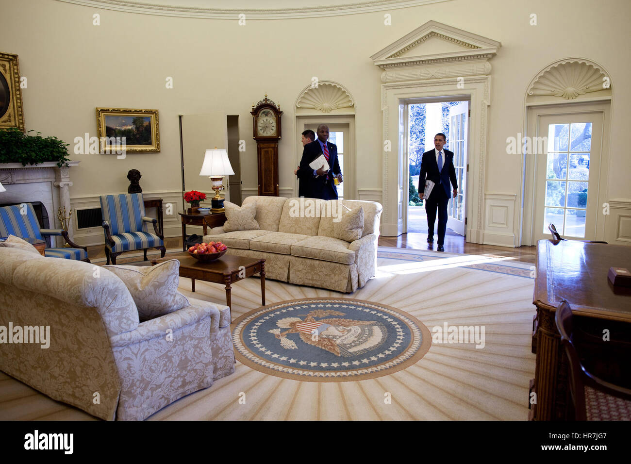 PRESIDENT BARACK OBAMA  entering the Oval Office at the White House Wednesday morning, 21 January 2009, for his - Stock Image