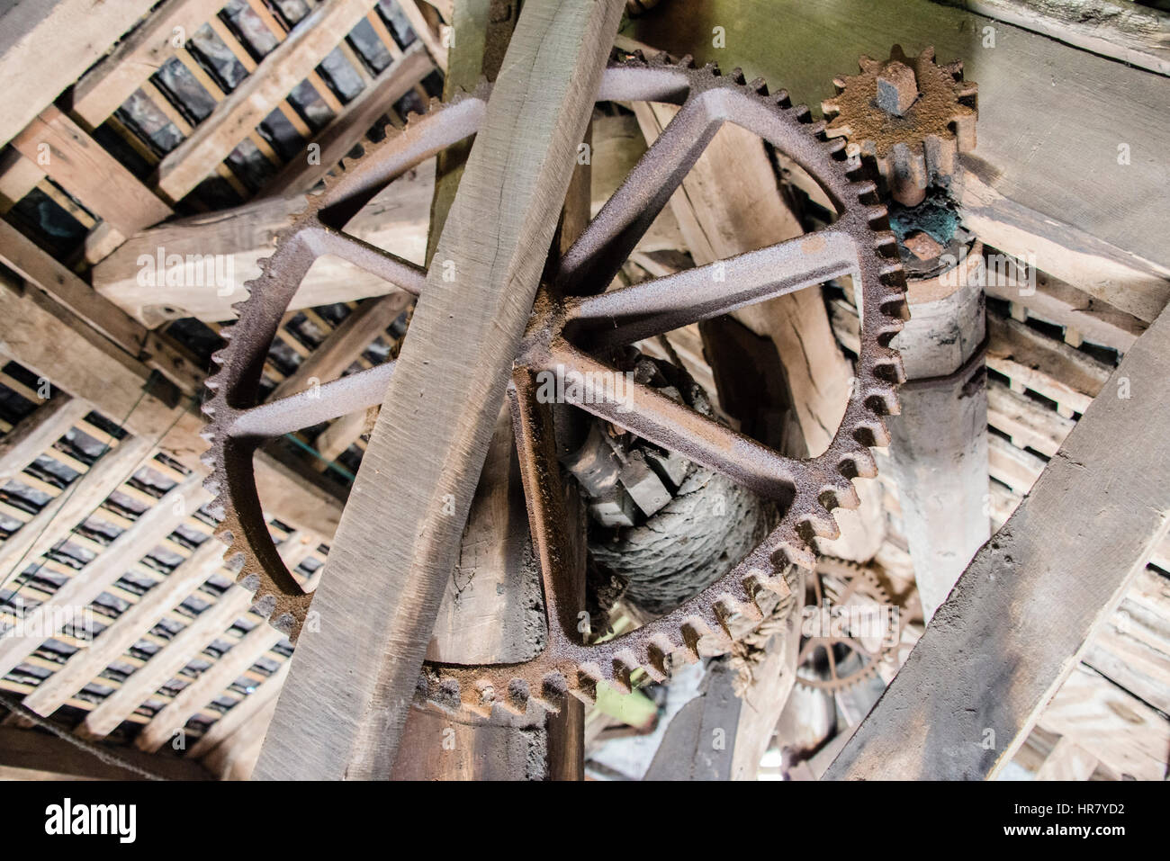Cogs and inner workings of the Cheddleton Flint Mill, Staffordshire - Stock Image
