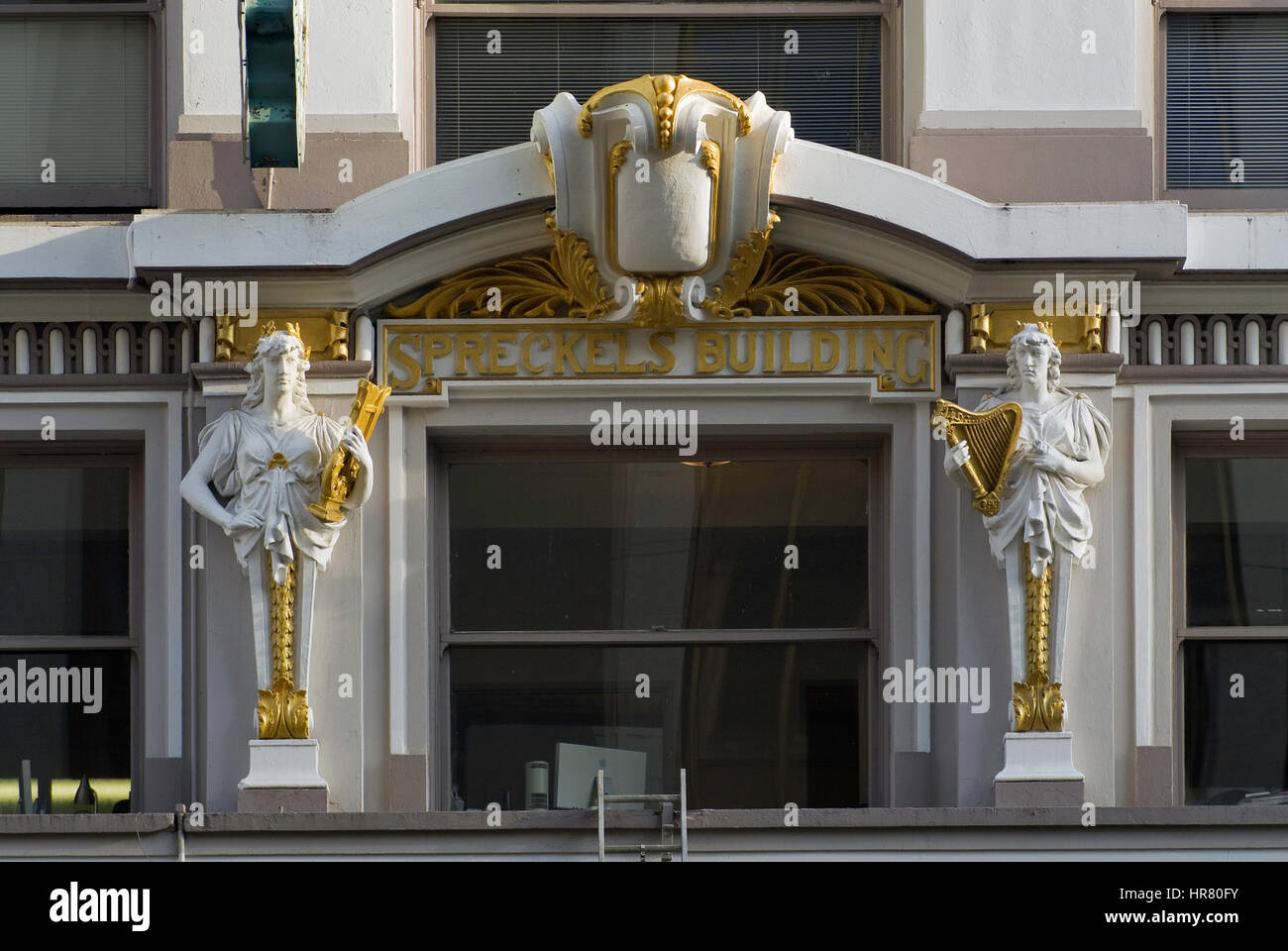 Statues at historic Spreckels Building on Broadway in San Diego, California, USA - Stock Image